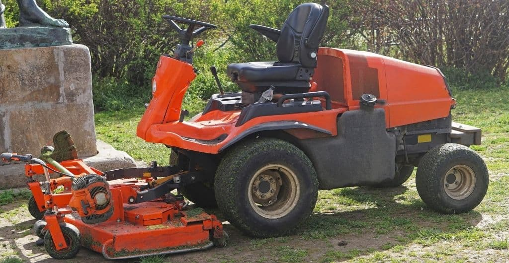 Best riding lawn mower for 5 acres