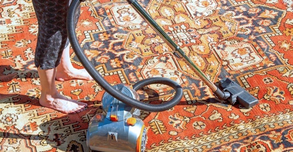 Drying wet carpet baking soda